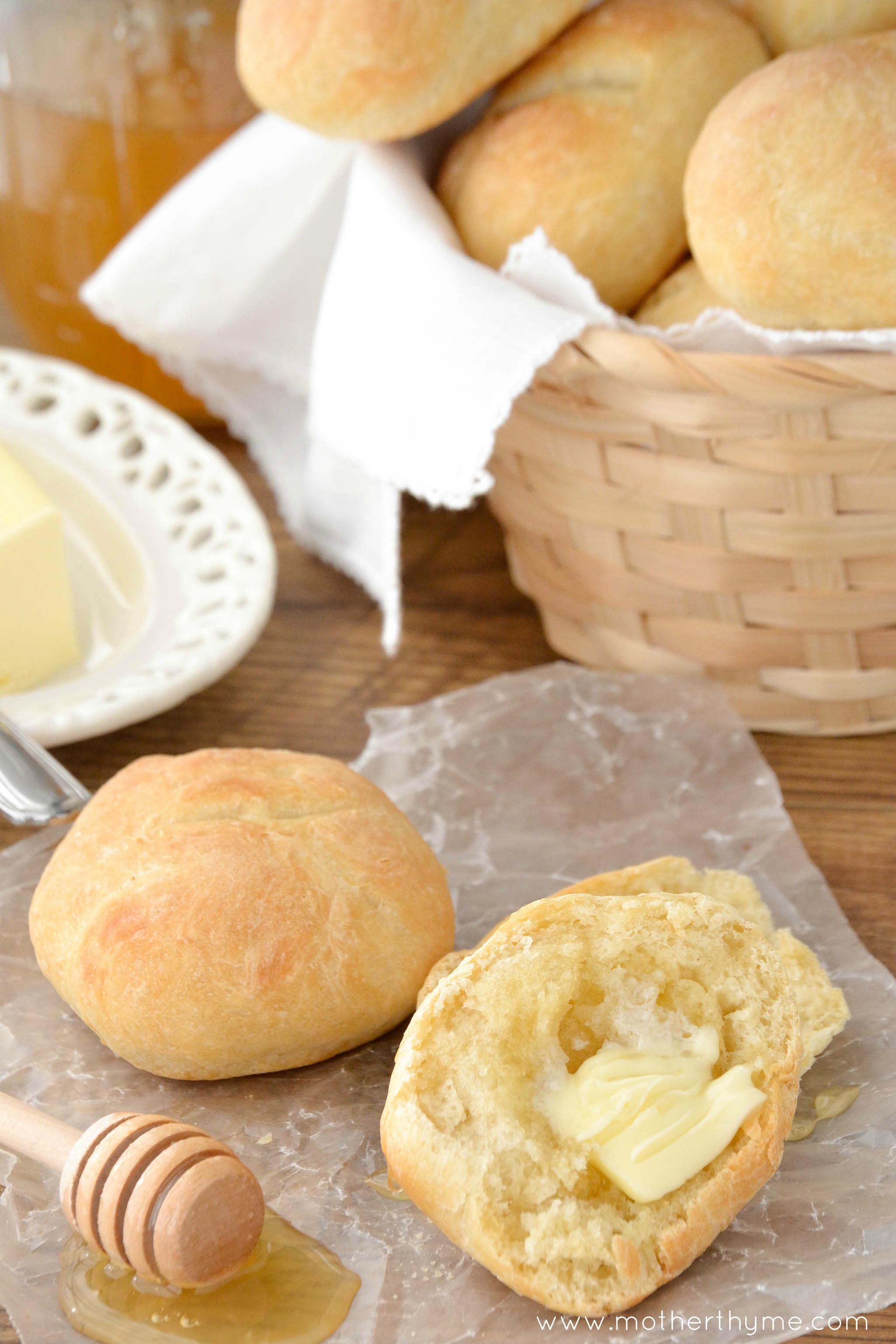 homemade dinner rolls mother thyme