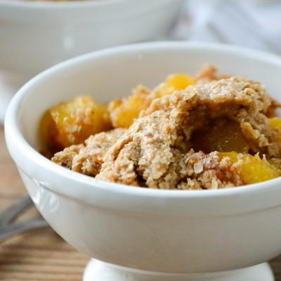 Oatmeal Cookie Peach Cobbler