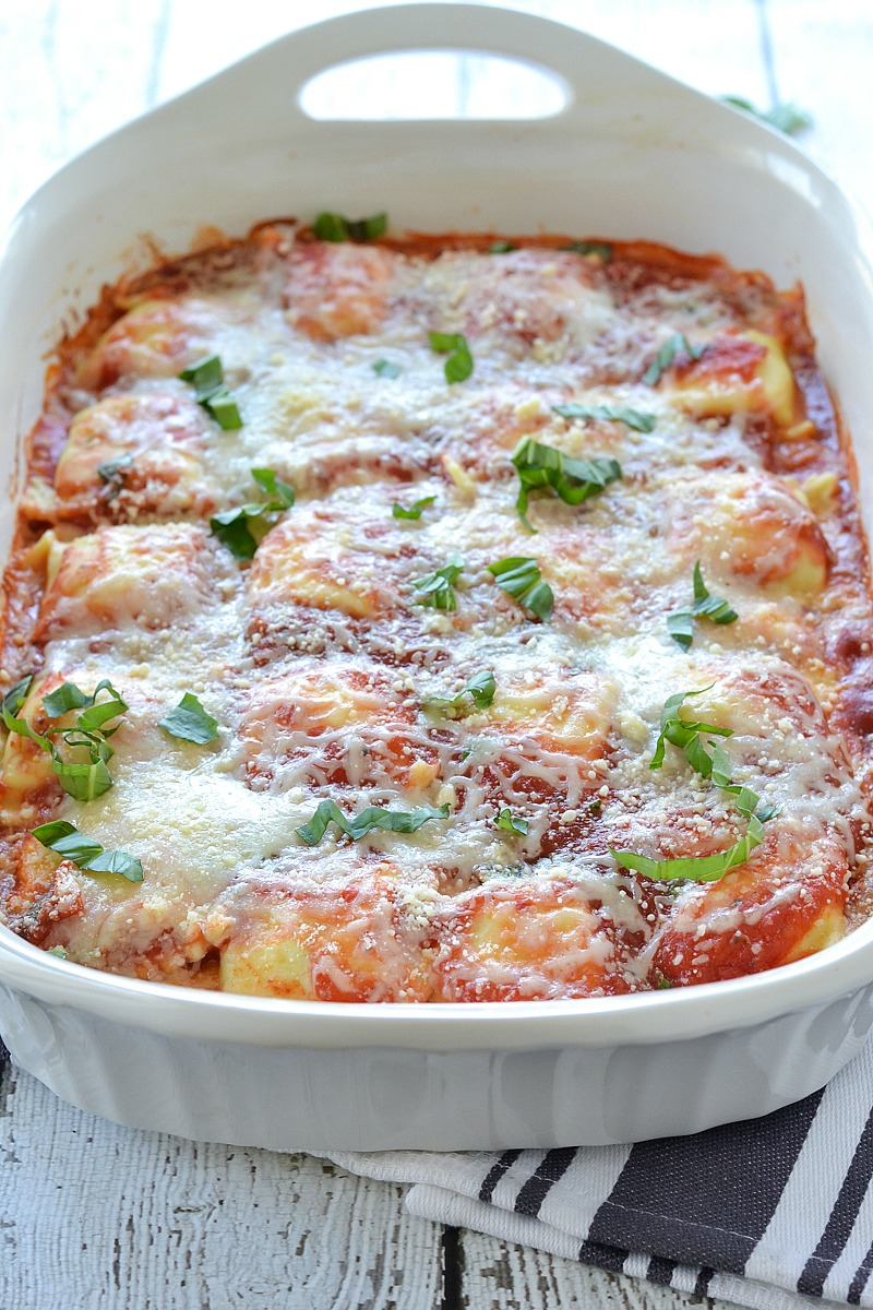 Baked Tomato Basil Ravioli | www.motherthyme.com